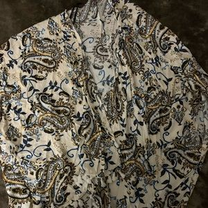 Tops - Bundle of 3 kimonos (NWOT)